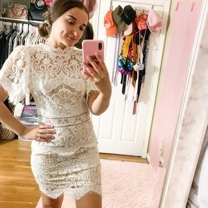 Vick Lace White Dress - Small - NEW